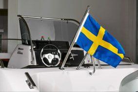 Flaggstång med flagga